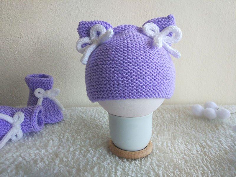 Pletená detská čiapka s mašličkami